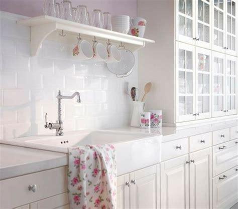 meuble cuisine shabby chic la décoration shabby chic mixer le passé et le présent