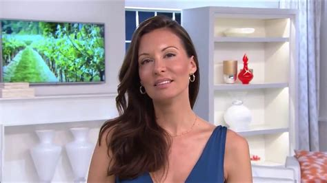 Qvc Host Jennifer Coffey & Anne 7-27-15 Pt1