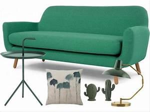 Canape Vert Emeraude : le salon passe au vert joli place ~ Teatrodelosmanantiales.com Idées de Décoration