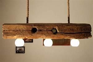 Lampe Aus Holz : handgefertigte deckenlampe aus altem holzbalken von aus holz mit liebe auf lampen ~ Eleganceandgraceweddings.com Haus und Dekorationen