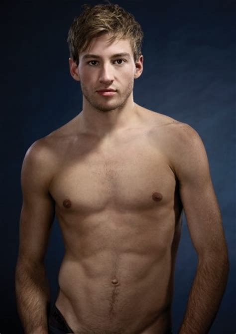 ross marquand family guy olympic gold medalist matthew mitcham raising funds for
