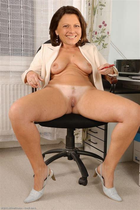 Marianne hartl nackt