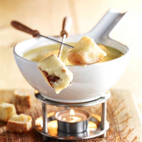 fondue savoyarde facile recette sur cuisine actuelle