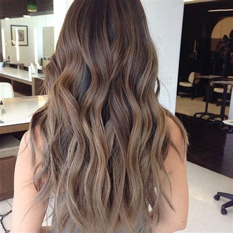 Brown To Brown Hair by Brown Hair Is Trending And It S Prettier Than It