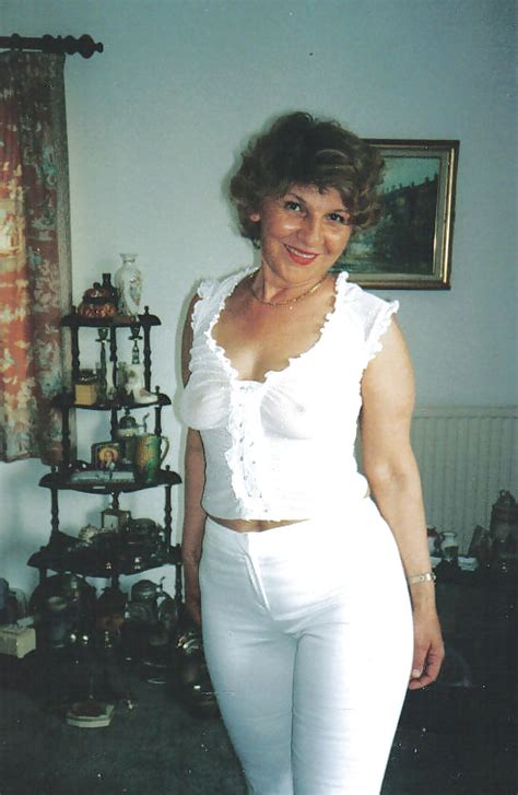 Amateur Mature Pictures Granny Mature Nana Looking Sexy Non Nude