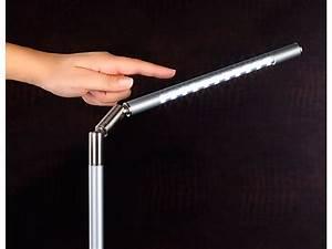 Led Schreibtischleuchte Dimmbar : lunartec magisch dimmbare usb tischlampe mit 22 leds ~ Markanthonyermac.com Haus und Dekorationen