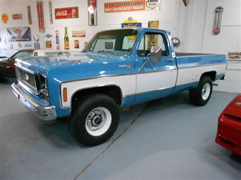 interior paint colors to sell your home 1974 chevrolet cheyenne 20 4x4 original classic