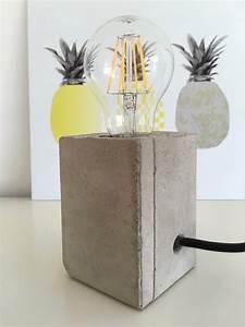 Weihnachtsdeko Für Geschäfte : lampe mit sockel aus beton handmade kultur ~ Sanjose-hotels-ca.com Haus und Dekorationen