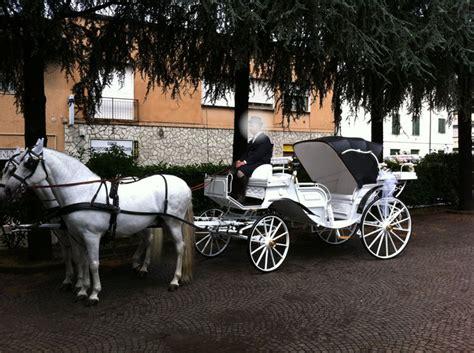 carrozza a cavalli noleggio carrozza matrimoni affitto carrozza con