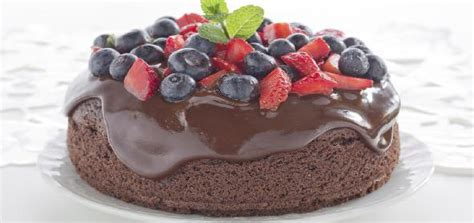 chocolate cake  raisins  chocolate sauce recipe