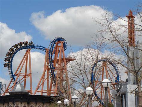 Stunt Fall Roller Coaster Photos, Warner Bros. Movie World ...
