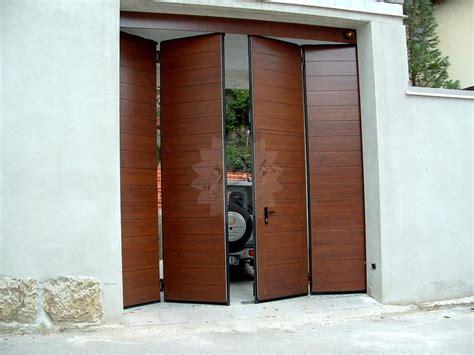 portoni sezionali per garage portone garage a libro falegnameria pojer