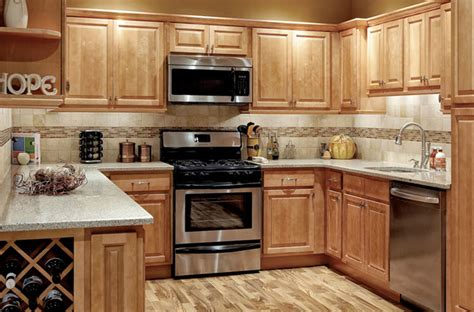 Park Avenue Raised Panel  Honey Maple  Solid Wood Cabinets