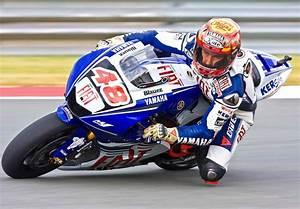 Image De Moto : moto de course sur piste paca moto scooter motos d 39 occasion ~ Medecine-chirurgie-esthetiques.com Avis de Voitures