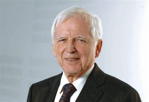 Nobelpreisträger Harald Zur Hausen Feiert Heute 80