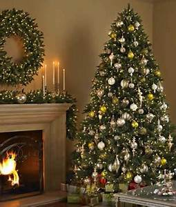 Christmas tree rental for condos & apartments