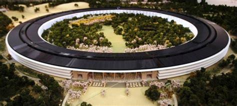 siege apple à la découverte du futur siège social d apple imaginé par