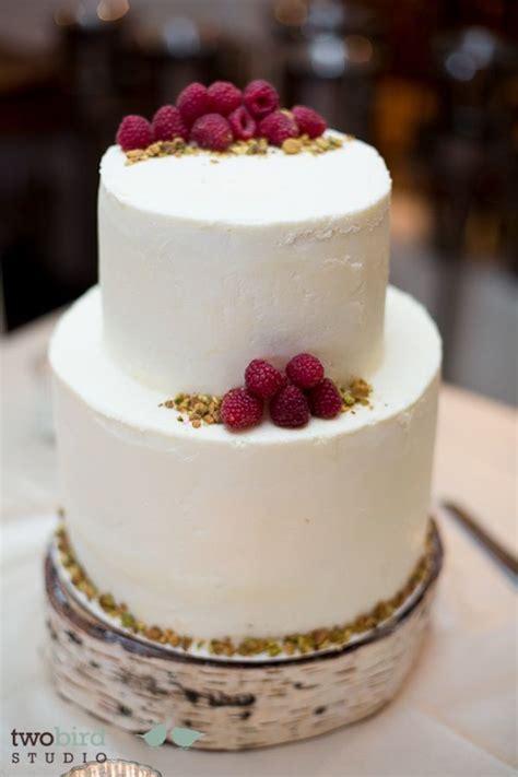 gluten  dairy  cake   sweet crumb