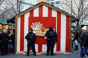 Berlin Holidays 2016 : u s cities increase security after berlin christmas market attack cbs news ~ Orissabook.com Haus und Dekorationen