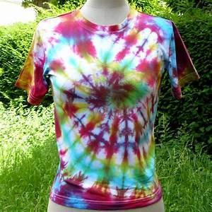 Comment Faire Un Tie And Dye : les tee shirts tie and dye une activit simple en famille ou en groupe l 39 atelier d emma ~ Melissatoandfro.com Idées de Décoration