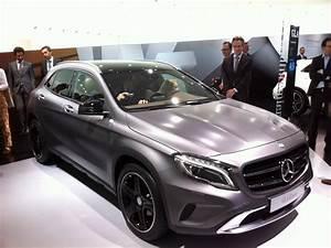 Nouveau Mercedes Gla : mercedes benz classe gla un 4x4 compact sur base de classe a salon de francfort 2013 ~ Voncanada.com Idées de Décoration