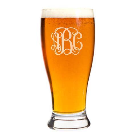 personalized pilsner pub beer glass custom engraved vine