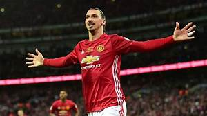 Zlatan Ibrahimovic To Sign New Man United Contract This