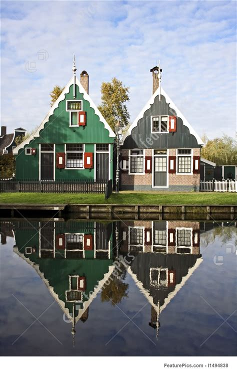dutch houses  holland picture