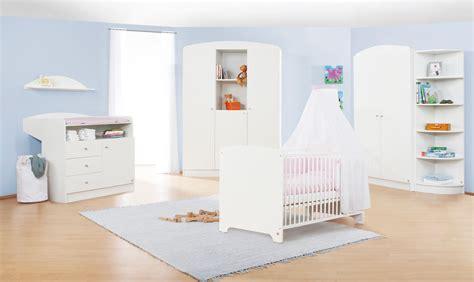 but chambre bébé chambre bébé blanche jil grande armoire