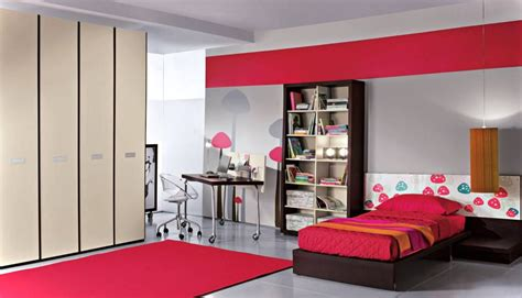 pretty bedroom furniture red  brown bedroom ideas red