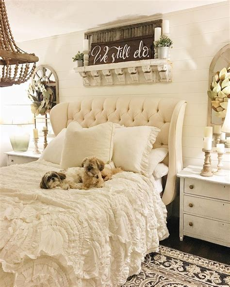images  shabby chic decorating ideas  pinterest shabby chic bedrooms shabby