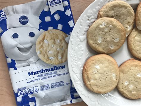 The ingredients and nutrition facts are very similar for all varieties of the seasonal *always read the ingredient and nutrition statement prior to consumption. Pillsbury Sugar Cookies - Pillsbury Christmas Cookies ...