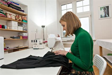 Galerija-Apģērbu dizainers   Profesiju pasaule