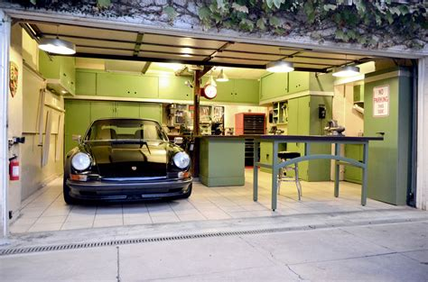 Garage Designs : Modern Garage Design For Minimalist House
