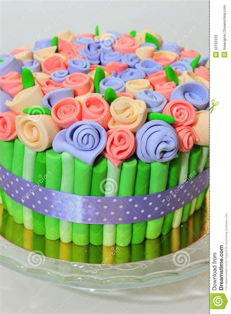 colorer la pate a sucre torta ramo de las rosas foto de archivo imagen 50192333