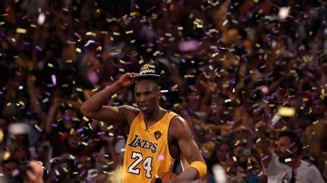Illinois' ayo dosunmu recreates iconic kobe bryant championship photo. Kobe Bryant Took Pride in Inspiring People, Even More Than Winning Championships - NBC Los Angeles