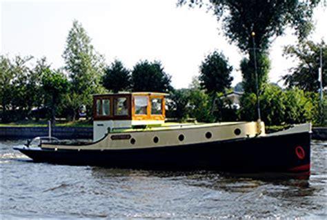 Sleepboot Amsterdammertje Te Koop by Sylvia Maessen Sleepboot