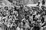 Steve McCurry - Mujahideen Leader Speaks to Fighters ...