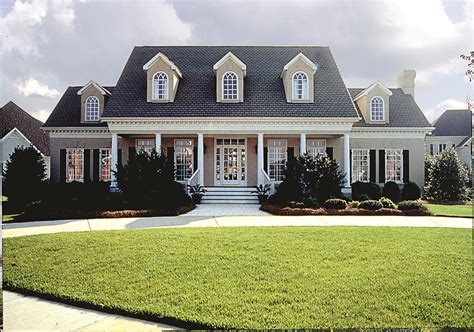 southern home floor plans plantation style southern house plan 180 1018 4 bedrm