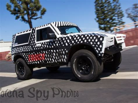 spyshots  ford bronco  spied  ultimate