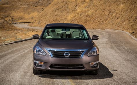 altima nissan 2013 nissan altima reviews and rating motor trend