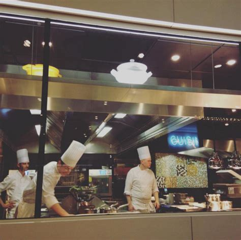 ecole de cuisine bocuse l 39 institut restaurant école paul bocuse restaurant
