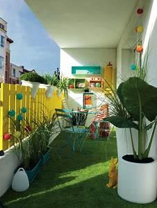Table Pour Petit Balcon : am nager un balcon avec des plantes et une table c t maison ~ Melissatoandfro.com Idées de Décoration