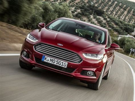 ford mondeo leasing ford mondeo hatchback 2 0 tdci econetic titanium edition car leasing nationwide vehicle