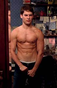 tobey maguire spiderman body | Mostly Bodyweight Workout ...