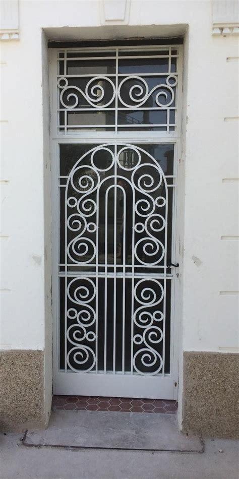 proteger une porte dentree existante bienchezmoi