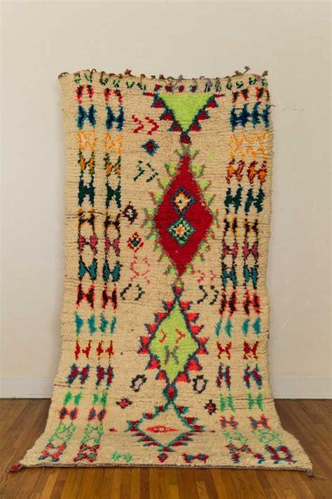 tapis ethnique une belle decoration mysterieuse  originale