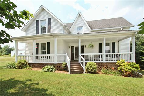 cottage home plans small a weekend relished in white farm house farm and