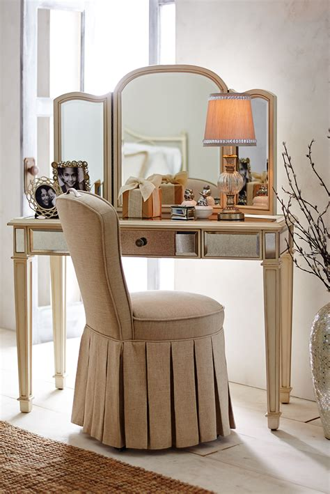 Vanity Table Chairs by Reese Skirted Vanity Chair S Day Ideas
