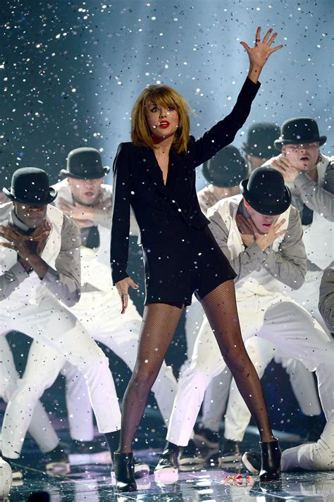 httpenmusicplayoncomtaylor swift blank space